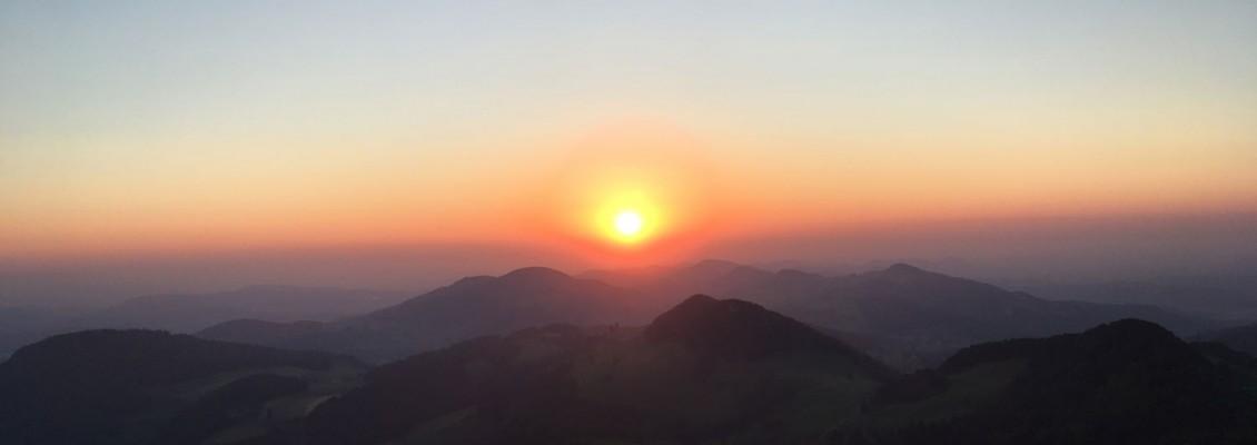 Sonntag, 28. Juli 2019 Sonnenaufgang Belchenfluh